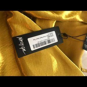 Nasty Gal Tops - Bowl neck cami top